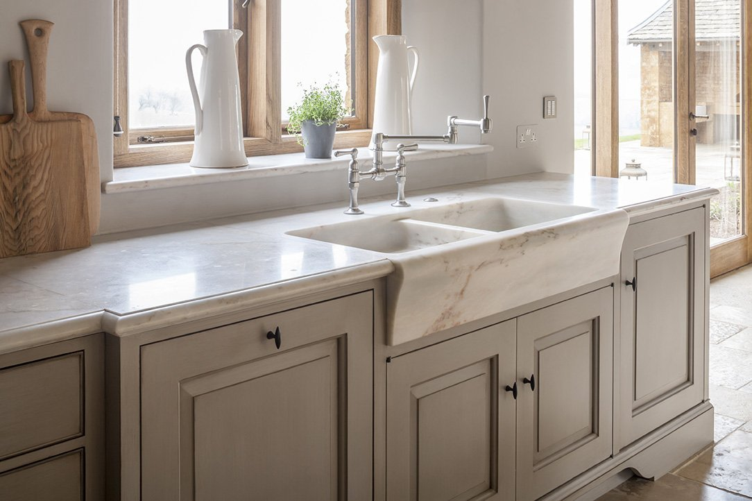 The Pros and Cons of Marble Kitchen Worktops