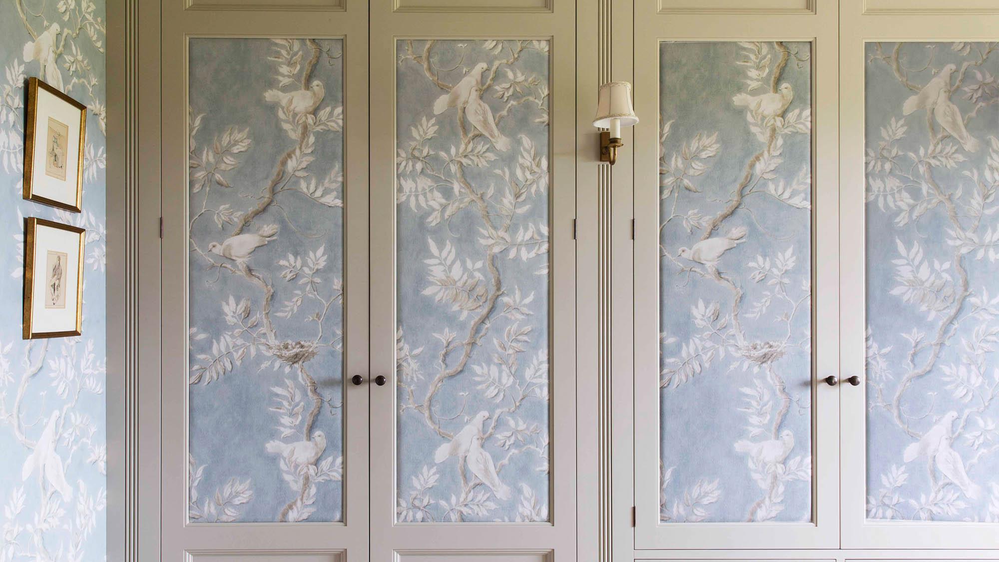 Pannelled dressing room doors