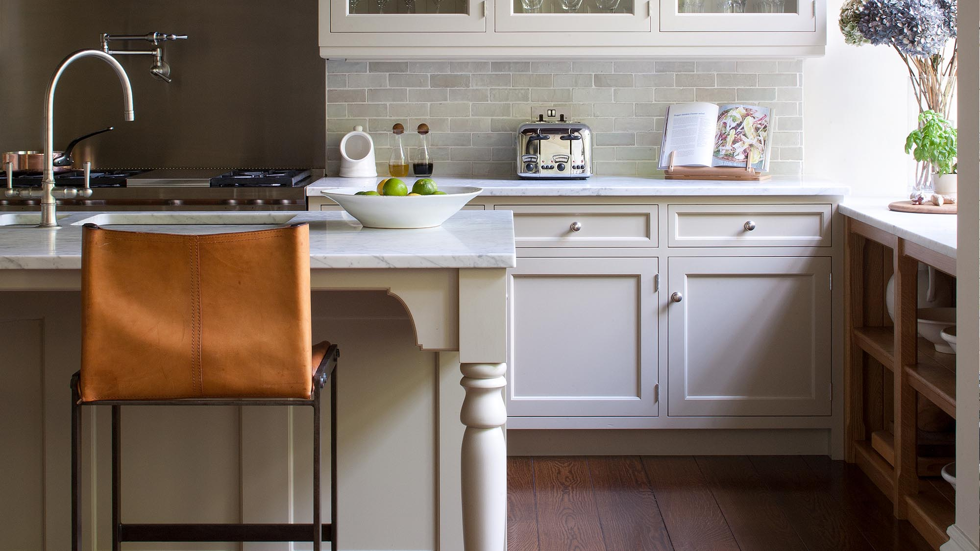 The Hamptons Inspired Kitchen in a 19th century London house