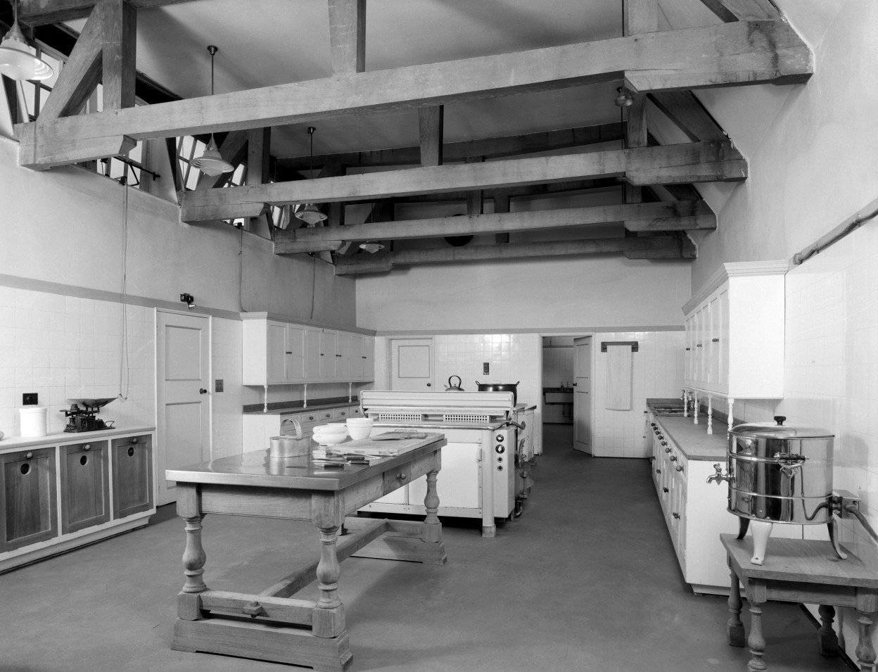 The kitchen at Middleton Park. The house was designed by Sir Edwin Lutyens and his son Robert Lutyens in 1938 for the 9th Earl of Jersey. Not Used CL 12/07/1946