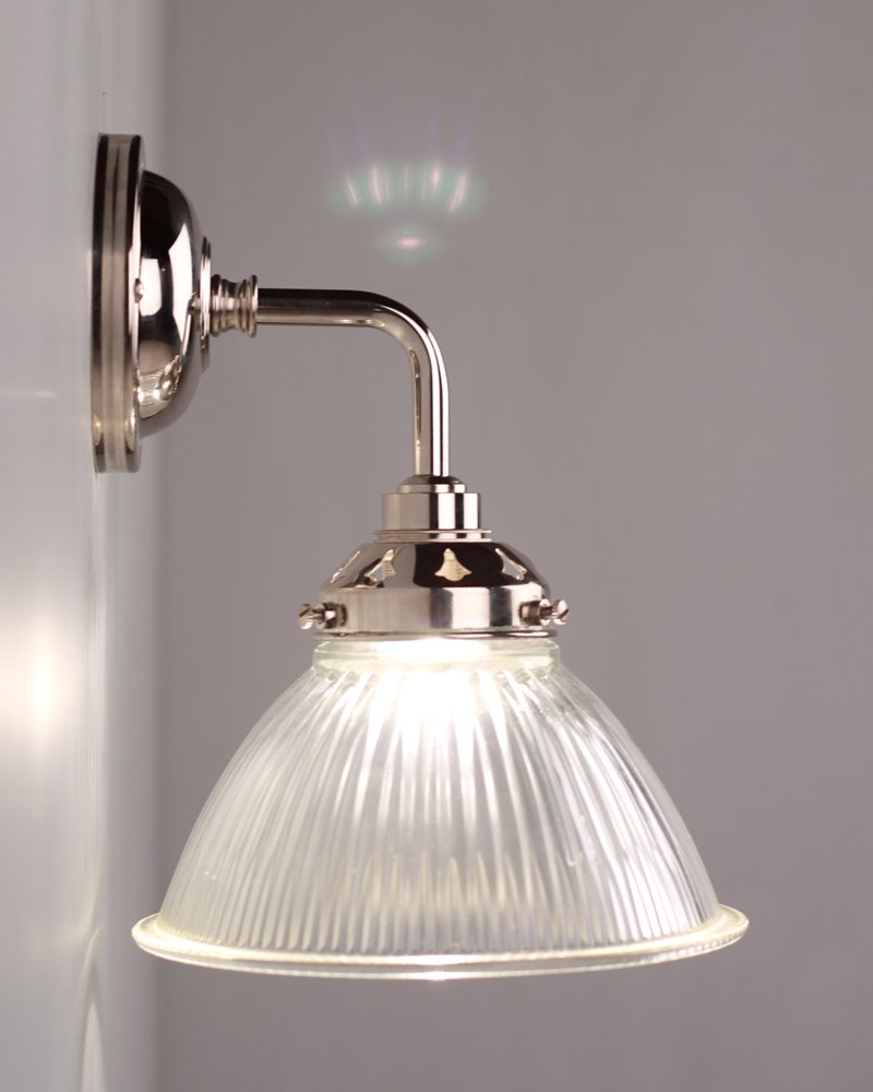 carey_prismatic_glass_contemporary_bathroom_wall_light_1