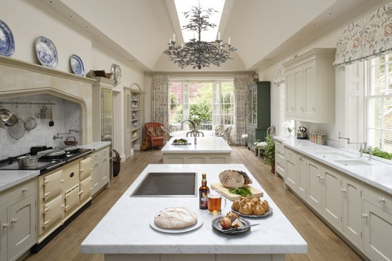 Georgian kitchen design islands