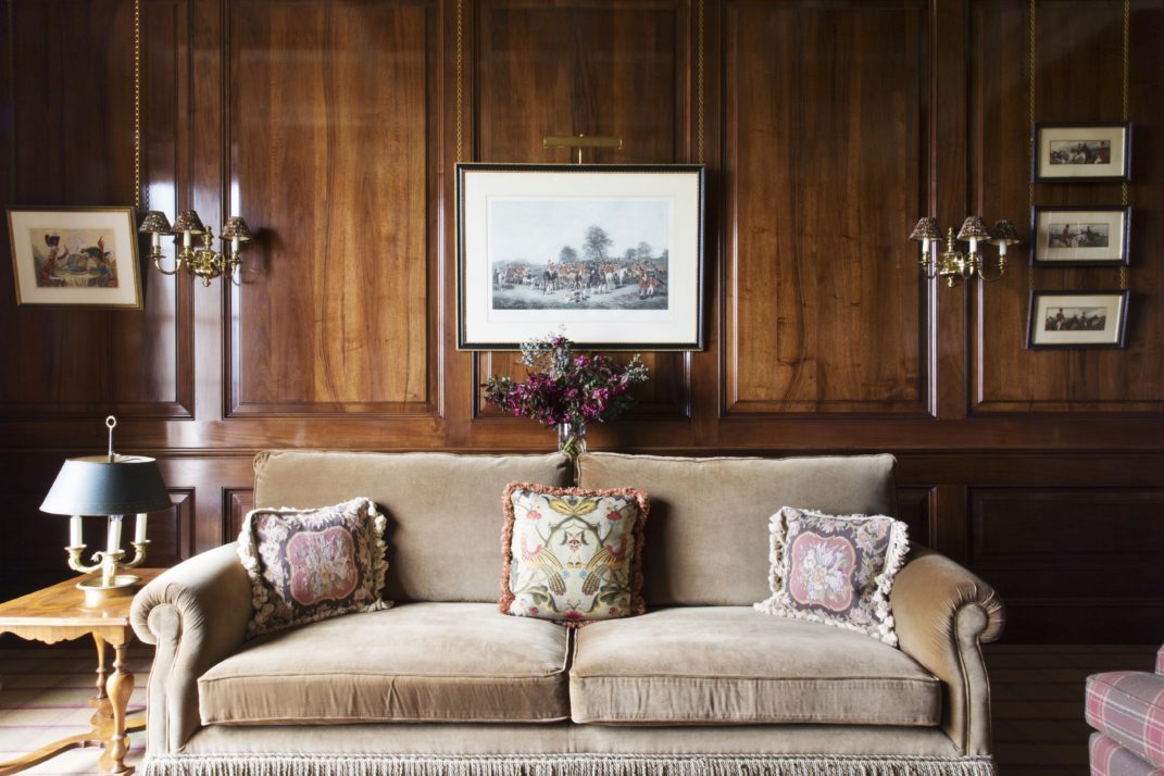 Wainscot Panelling and Panelled Walls