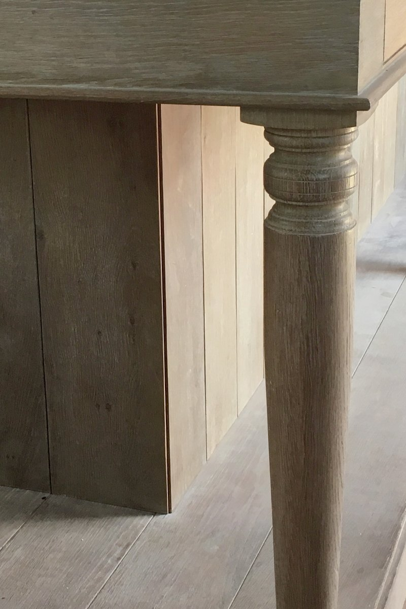 artichoke joinery details counter leg