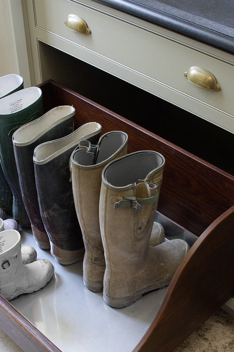 bespoke boot room furniture