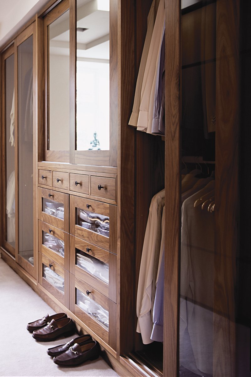 bespoke dressing room joinery