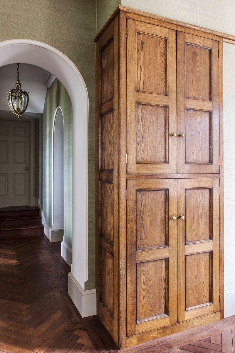 english country house design hallway cabinet