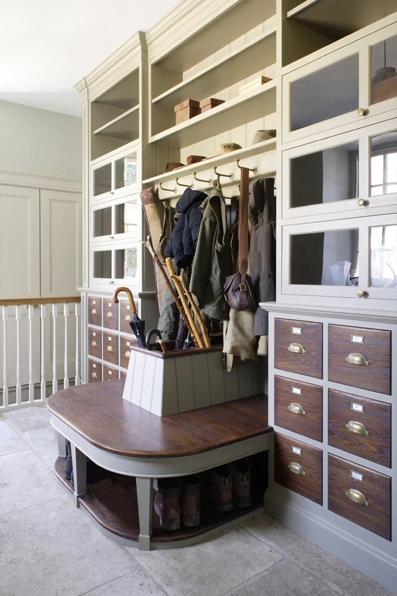 traditional bespoke fitted furniture for boot room