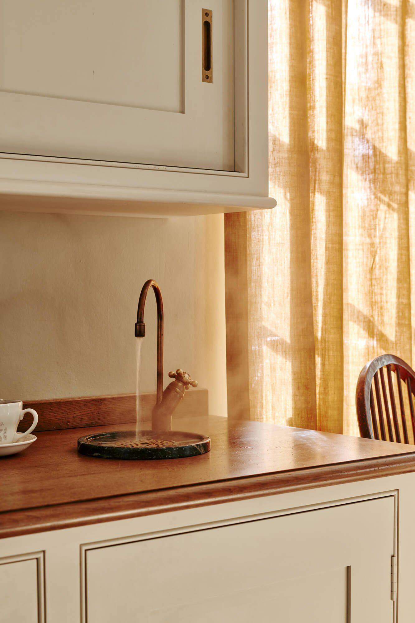 Quooker tap in oak worktop