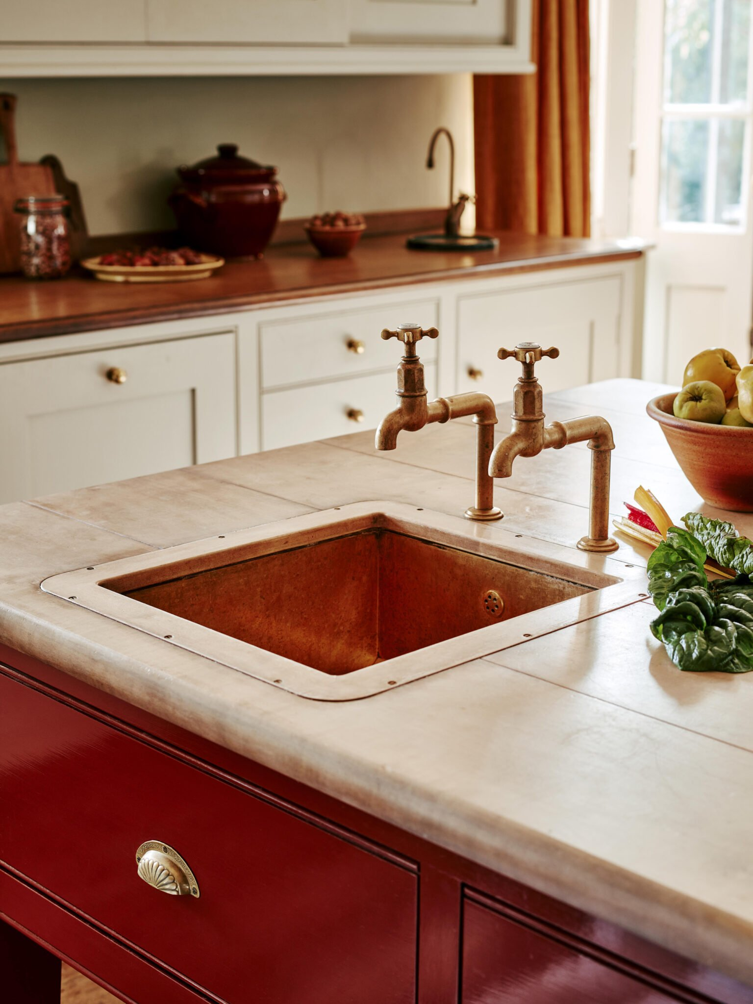 Copper sink with wooden top