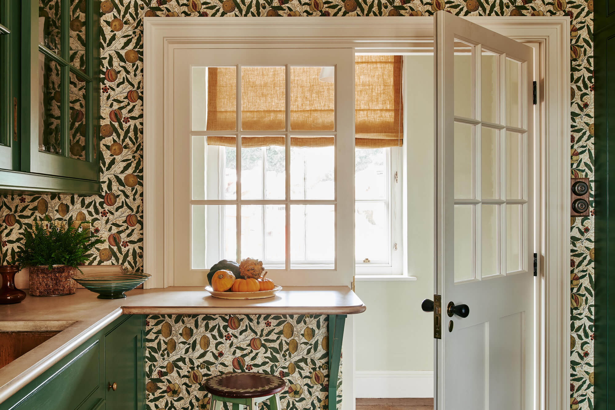 Allyson McDermott wallpaper in kitchen